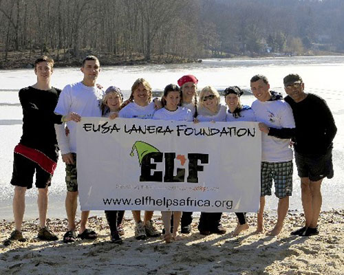 Plungers behind ELF banner seconds before plunge!